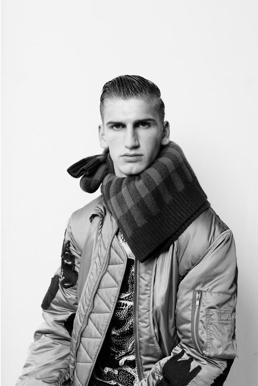 Helix Magazine, Photographers RONALD DICK
