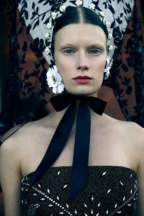 Grimoire-C Magazine, Photographers ELISABETH TOLL
