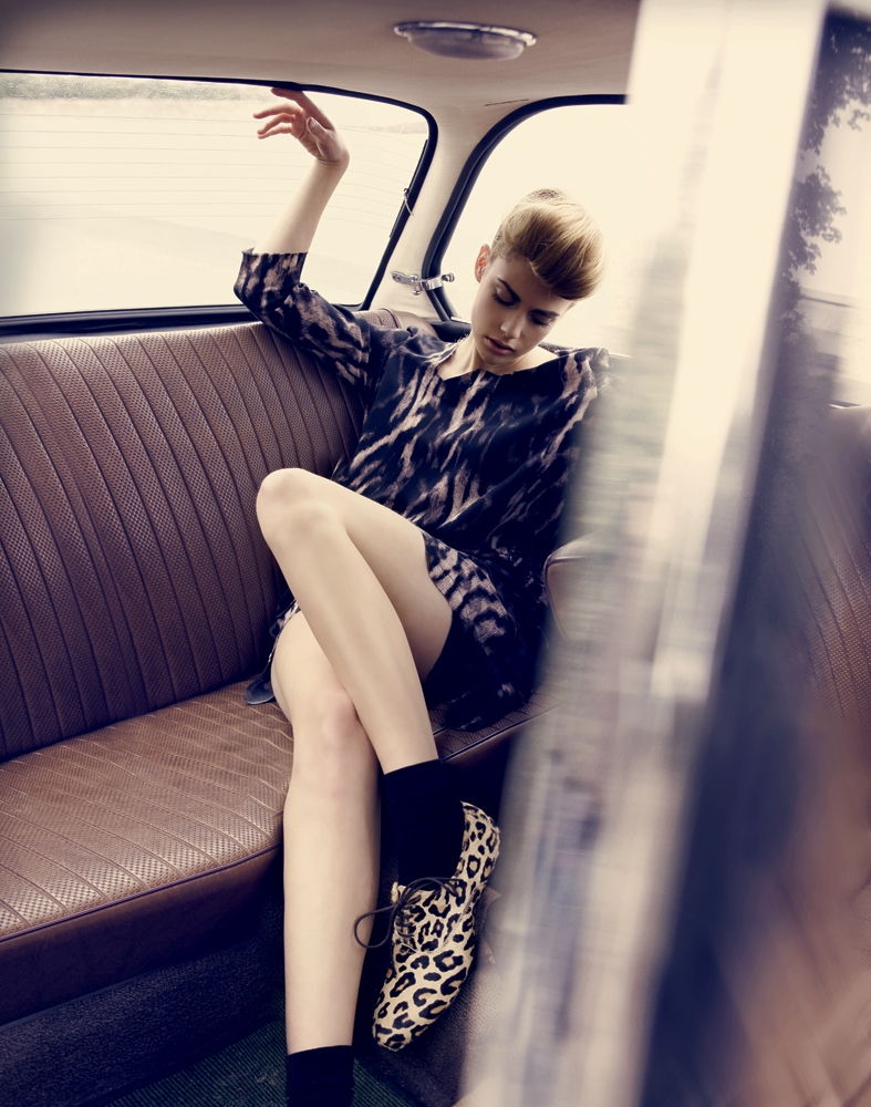 Pretty Tough Magazine, Photographers ANNA ROSA KRAU