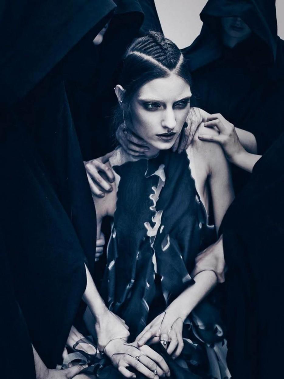 Grimoire-C Magazine, Photographers HENRICK BULOW