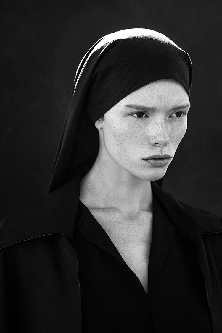 Grimoire-C Magazine, Photographers THOM JACKSON