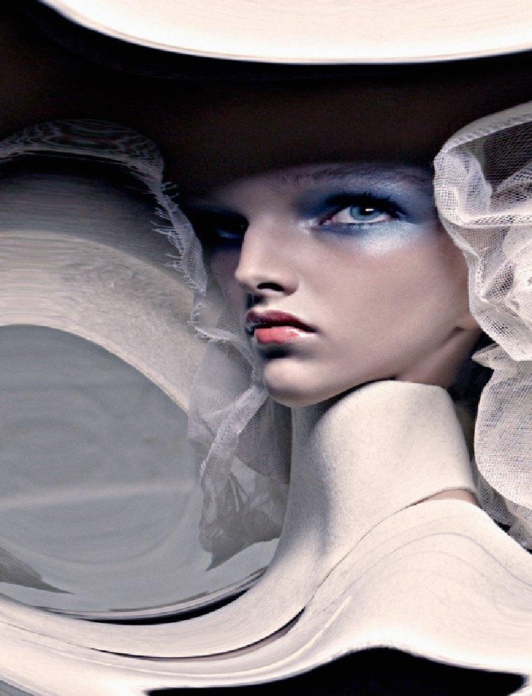 Weirdo mag. Magazine, Photographers Eugenio Recuenco